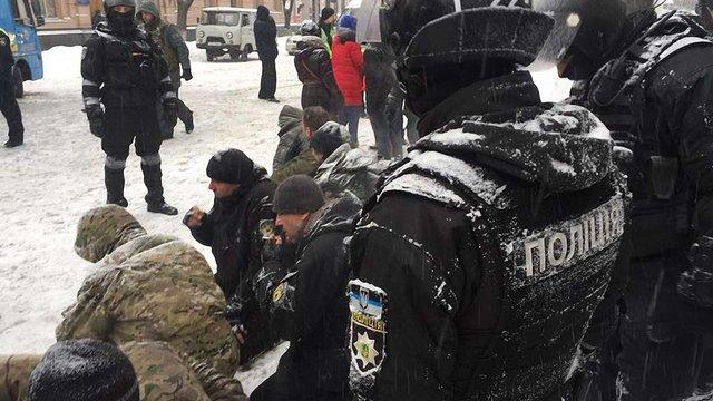 У наметовому містечку під Верховною Радою поліція затримала 50 протестувальників