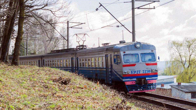 «Львівська залізниця»змінила розклад руху восьми приміських поїздів
