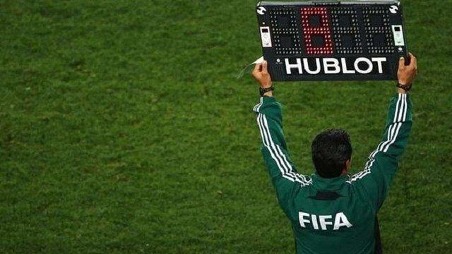 ФІФА схвалила четверту заміну в футболі та ввела систему відеоповторів