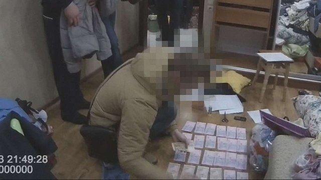 У Миколаївській області СБУ спіймала на хабарі двох поліцейських