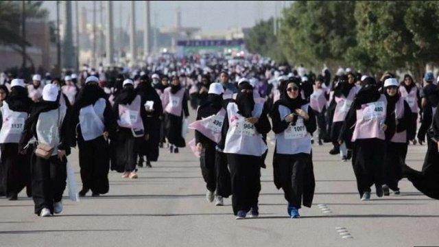 Саудівська Аравія провела перший у своїй історії марафон для жінок