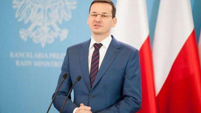 Прем'єр-міністр Польщі анонсував скорочення чиновників та витрат на уряд
