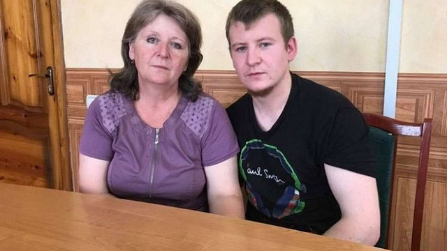 Мати засудженого в Україні військовослужбовця з РФ попросила допомоги у Путіна і Трампа