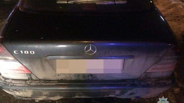 У Львові зупинили двох водіїв під наркотиками і без прав