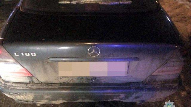 У Львові у нетверезого водія вилучили автомобіль через підроблені документи