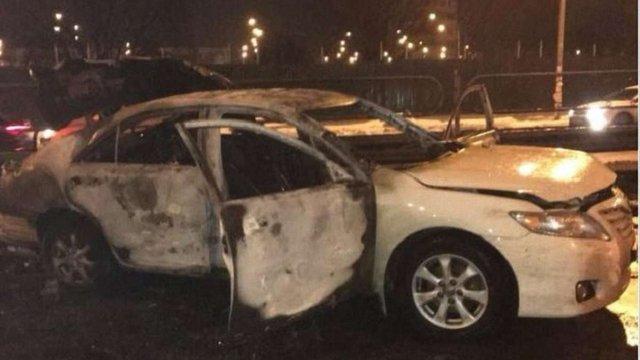 Автомобіль біля станції метро в Києві підірвав екс-беркутівець, якого викрили на продажі набоїв
