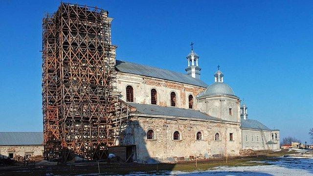 У Підкамені коштом ЄС відреставрують 56-метрову дзвіницю монастиря