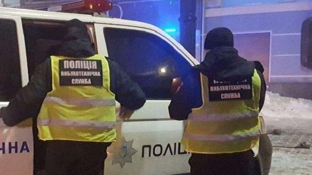 У центрі Києва невідомі з гранатомета обстріляли ресторан