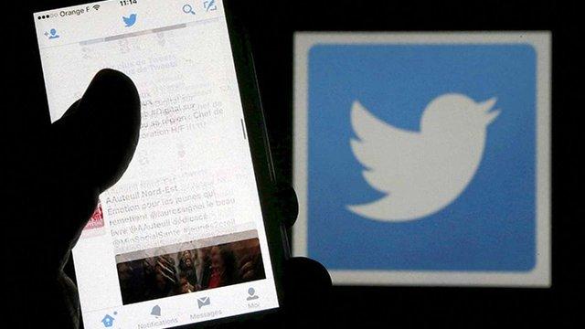 Вчені виявили, що фейкові новини поширюються в Twitter на 70% швидше за справжні