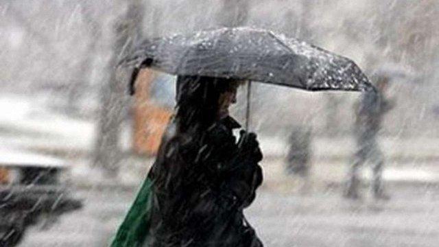 В Україні тиждень розпочнеться дощами і сильним вітром