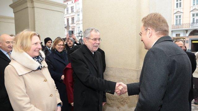 Президент Австрії розпочав свій візит до Львова з відвідин Ратуші