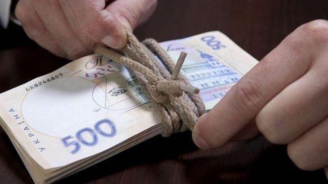 Топ-менеджера державного «Ощадбанку» викрили на розкраданні понад ₴16 млн