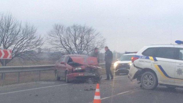 На трасі Київ-Чоп службове авто поліції потрапило в ДТП