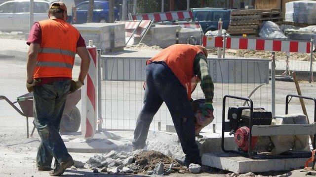 Польський уряд працює над спрощенням працевлаштування українців