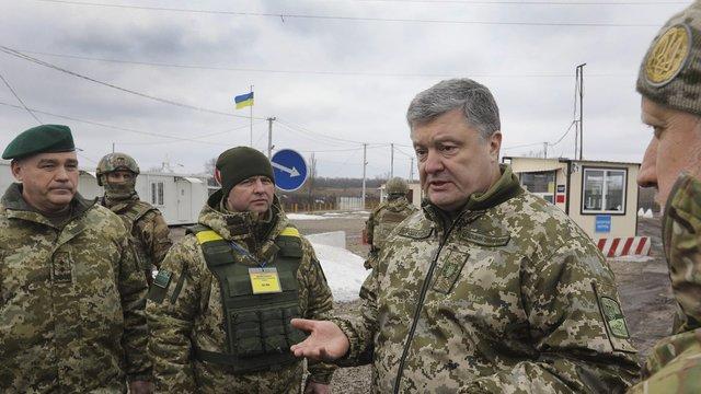 Порошенко відвідав звільнені села в районі АТО