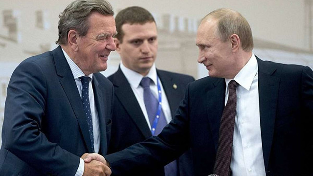 Клімкін закликав ЄС ввести санкції проти колишнього німецького канцлера