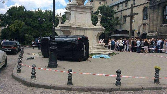 Екс-інспектор ДАІ, що в'їхав у натовп людей під церквою у центрі Львова, отримав м'який вирок