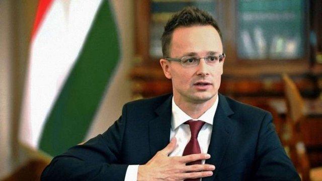 Угорщина вимагає від Києва відкласти реалізацію закону про освіту до 2023 року