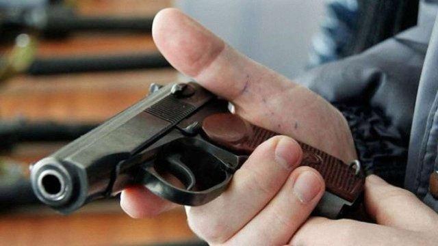 Верховна Рада заборонила допускати людей зі зброєю в будівлі органів влади