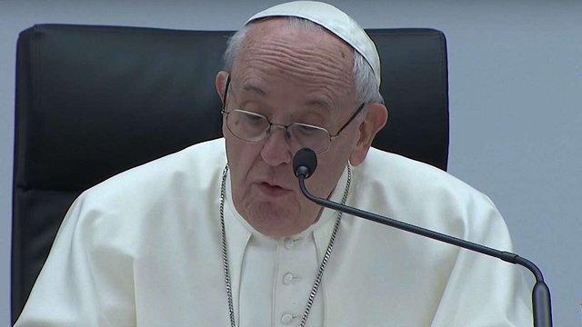 Папа Римський Франциск порадив львівському семінаристу не боятися татуювань