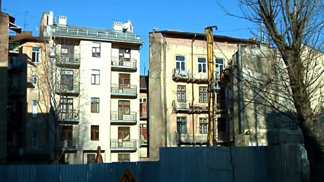 У центрі Львова на 9 місяців перекриють дорогу через будівництво готелю