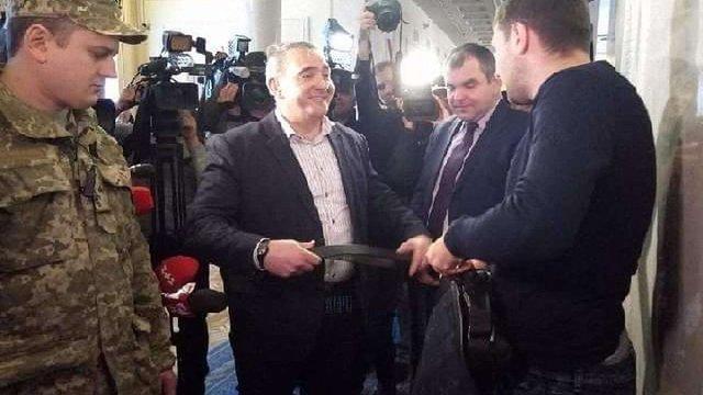 У Верховній Раді сталася штовханина між Володимиром Парасюком та працівниками держохорони