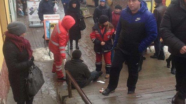 В українських ЗМІ з'явився фейк про напад польських радикалів на пенсіонера у Самборі