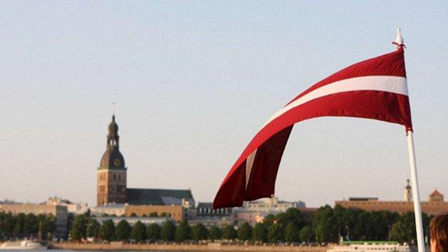 Латвія переведе усі школи нацменшин на державну мову