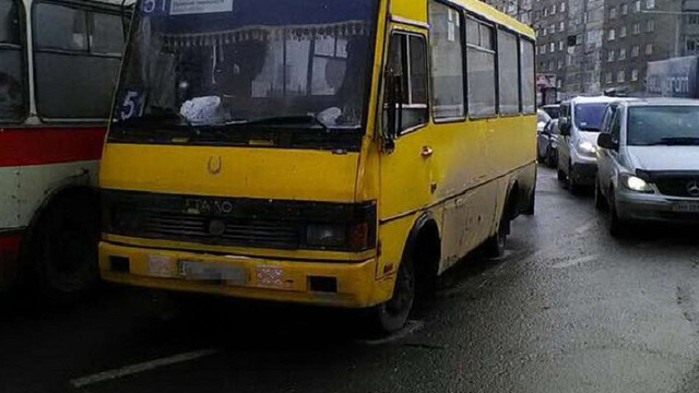 Львівська поліція зафіксувала з початку року майже 30 ДТП з вини водіїв маршруток