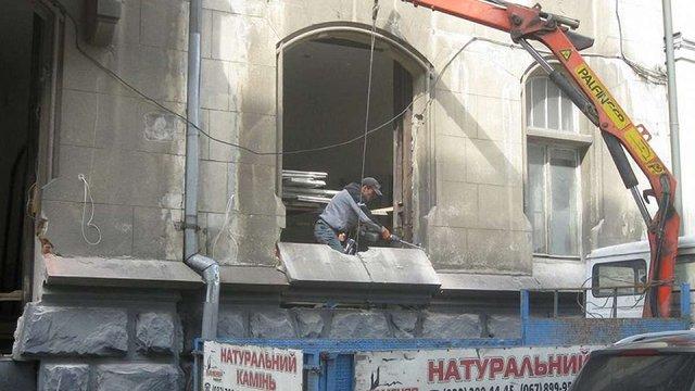 За руйнування фасадів і демонтаж вікон у Львові штрафуватимуть на ₴170 тис.