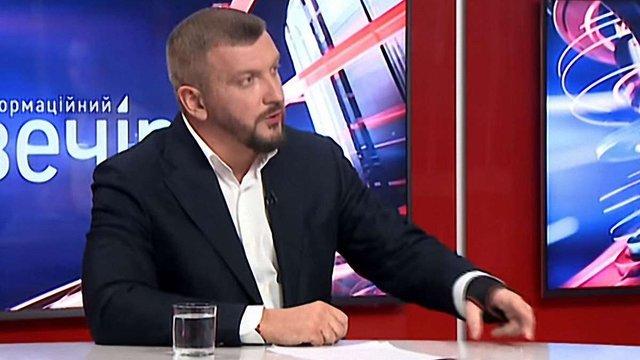 Майже 100 тис. платників аліментів в Україні мають заборону на виїзд за кордон