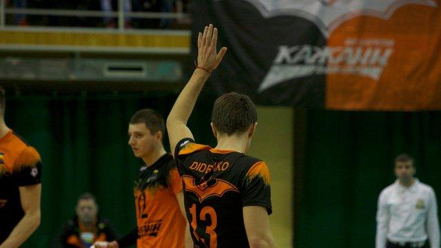 Львівські волейбольні «Кажани» виграли перший матч плей-оф проти «Буревісника»