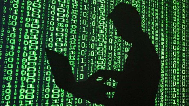 В Іспанії затримали українського хакера, який пограбував банки на $1 млрд