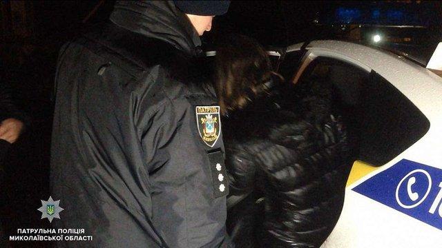 У Миколаєві нетвереза мати скинула з мосту 9-місячну дитину