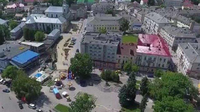 Суд  заборонив будівництво на центральній площі Золочева