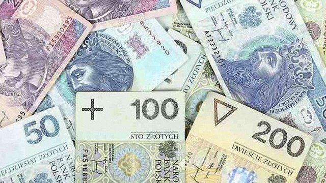 У 2017 році заробітчани переказали з Польщі в Україну $3,8 млрд