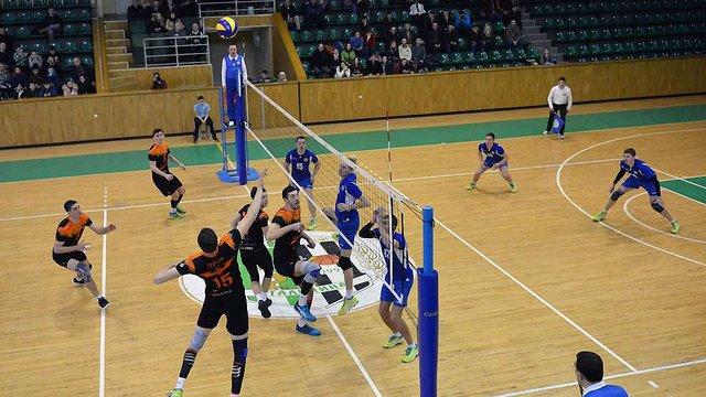 Львівські «Кажани» обіграли «Буревісник» та вийшли у півфінал волейбольної Суперліги