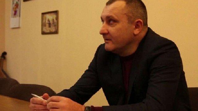 Затриманий на хабарі голова Залізничної райадміністрації Тарас Гнида написав заяву на звільнення