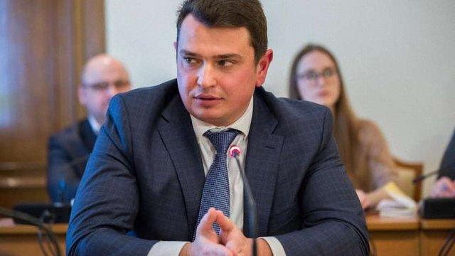 Голова НАБУ назвав справи, які є підставою для відкриття кримінальної справи проти Холодницького