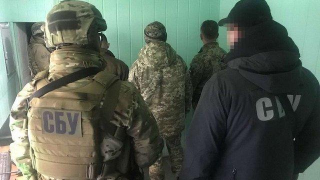 На Одещині СБУ затримала на хабарі посадовців митниці та прикордонної служби