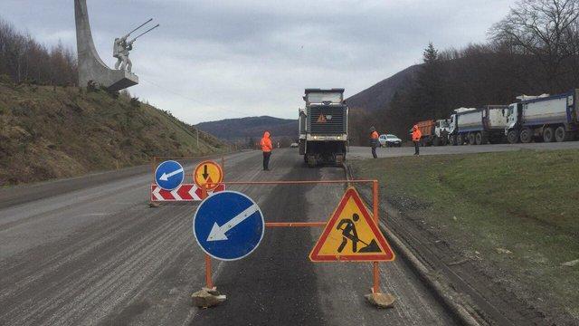 На Львівщині розпочали ремонт державної дороги на ділянці Сколе-Коростів