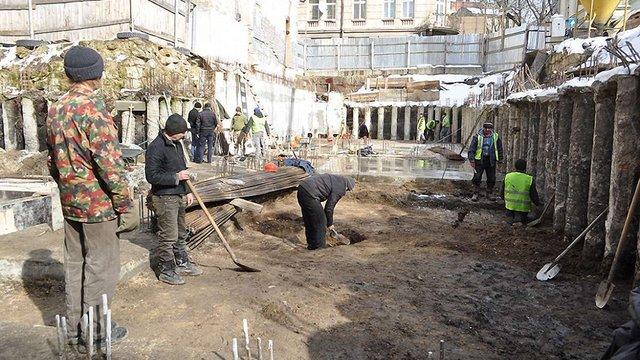 У центрі Львова археологи натрапили на споруду ХІІІ ст.