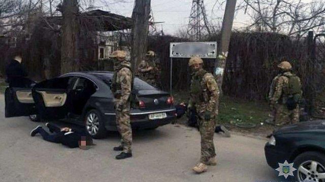 У Запорізькій області поліція схопила рекетирів, які викрали жінку й вимагали від неї ₴200 тис.