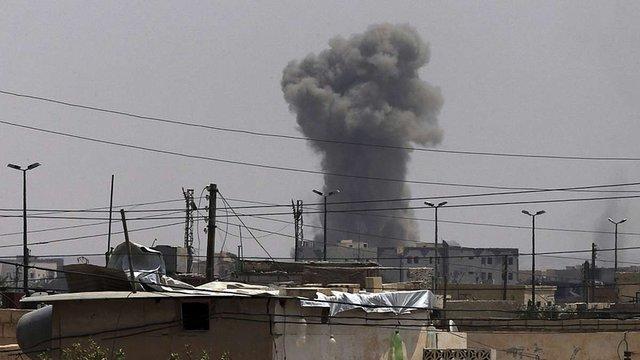 Сирійські ЗМІ заявили про ракетну атаку авіабази біля Хомсу і звинуватили у ній США