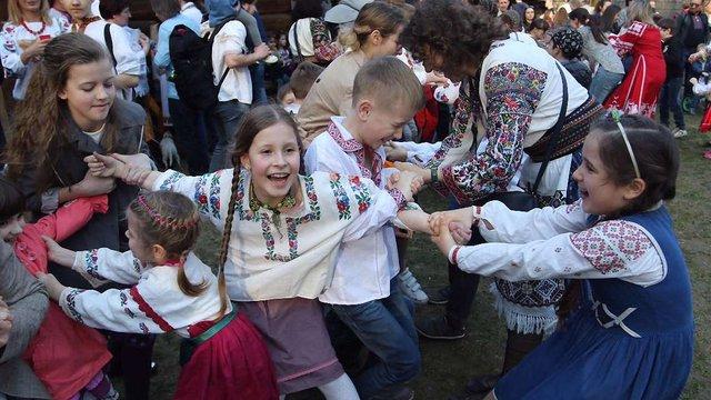 У цьогорічному святкуванні Великодня у Шевченківському гаю взяла рекордна кількість львів'ян