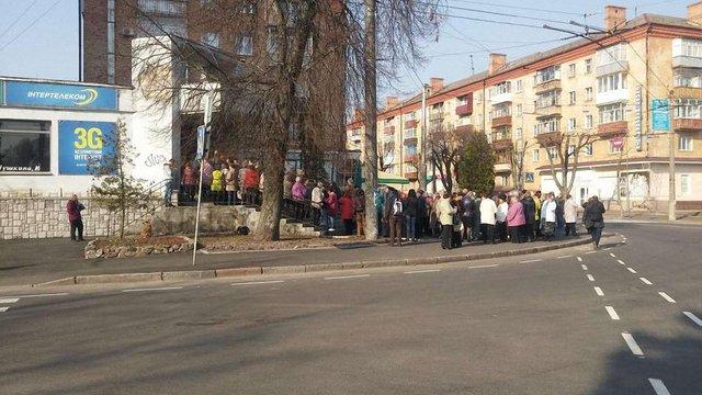 Фейкова новина про виплату допомоги спровокувала хаос серед пенсіонерів Чернігова