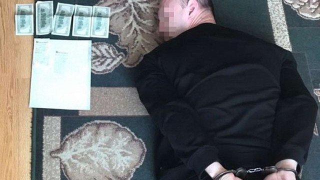У Тернополі шахрай вимагав гроші з учасників АТО представляючись працівником СБУ