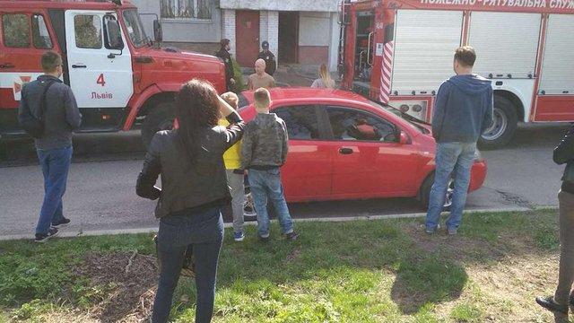 Через пожежу з будинку на вул. Патона евакуювали 13 мешканців