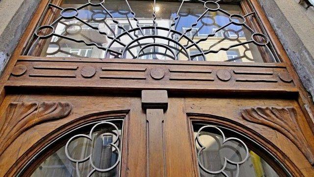 У Львові впродовж року відреставрують 50 історичних брам та вхідних дверей