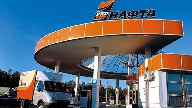 Автомобілісти планують пікетувати Кабмін і блокувати АЗС через можливе зростання цін на паливо